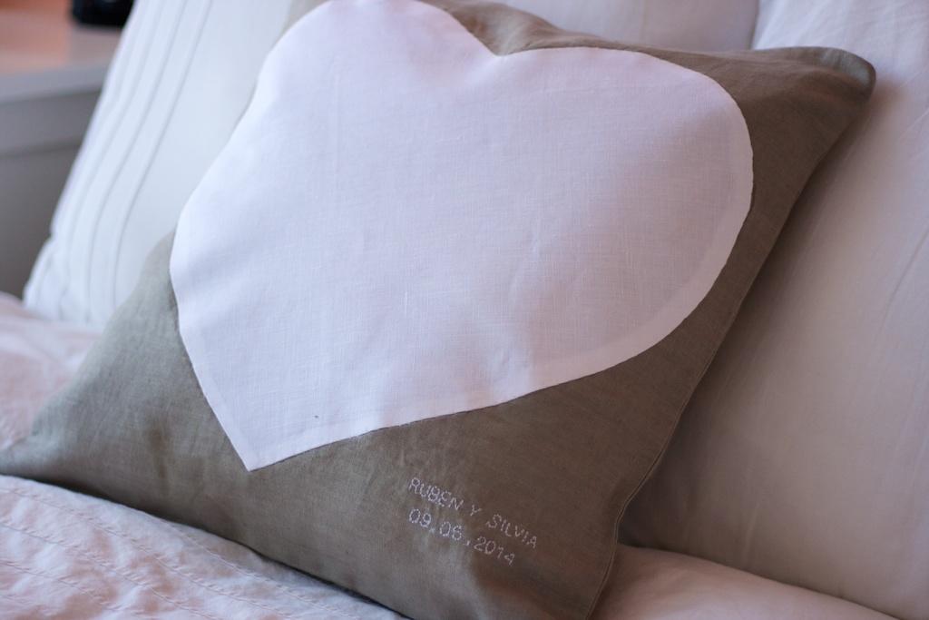 Cojín corazón 3