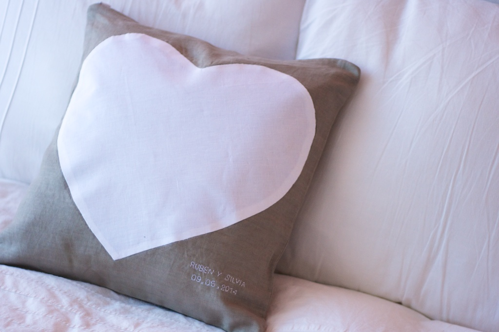 Cojín corazón 1